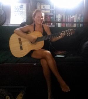 emma guitare