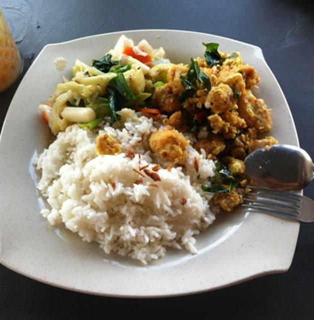 Nasi lalap sotong